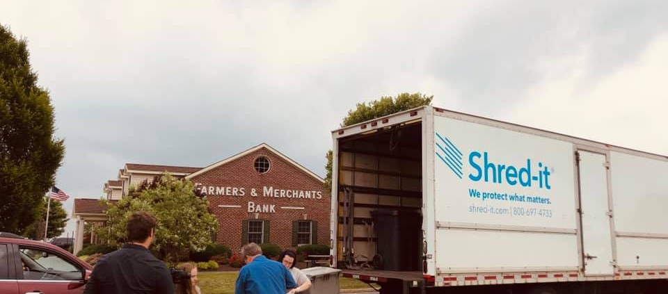 Shred It truck at F&M Bank